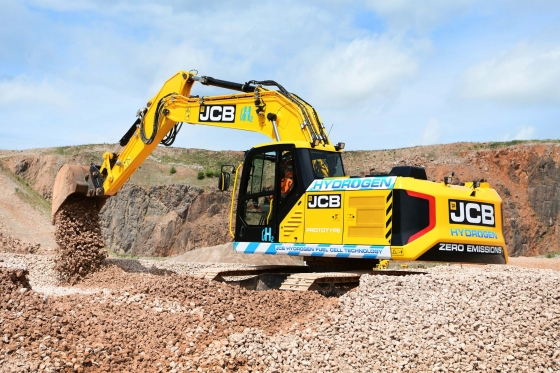 JCB hydrogen powered excavator