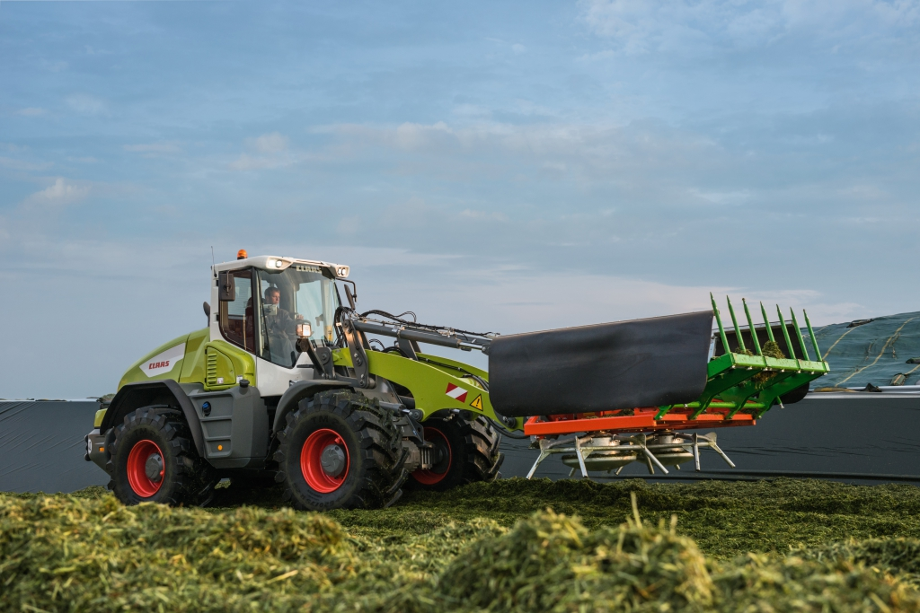 Claas and Stage V